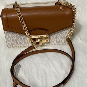 MK 5 in 1 CROSSBODY ( KINSLEY )